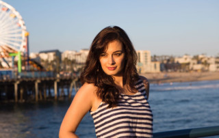 evelyn-sharma-in-la-pic-12
